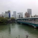 雨の天満橋
